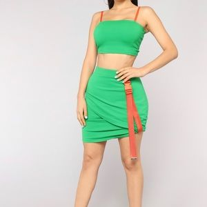 Dresses & Skirts - NWT green/orange skirt set